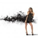Kvindelig model med sort kjole